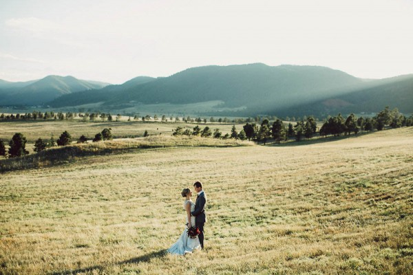 Lovely-Natural-Wedding-at-Spruce-Mountain-Ranch (27 of 40)