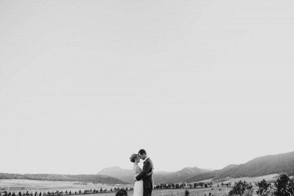 Lovely-Natural-Wedding-at-Spruce-Mountain-Ranch (31 of 40)