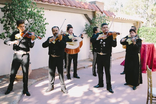 Mexican-Inspired-Wedding-at-The-Muckenthaler-Cultural-Center (13 of 33)