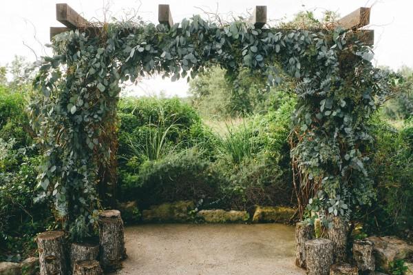 Modern-Jewel-Tone-Wedding-at-Vista-West-Ranch (23 of 40)