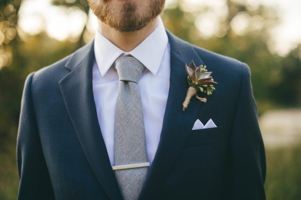 Modern-Jewel-Tone-Wedding-at-Vista-West-Ranch (37 of 40)