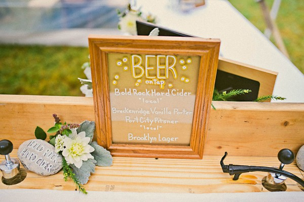 Natural-Modern-Backyard-Wedding-Virginia-Danielle-Real-Photography (30 of 34)