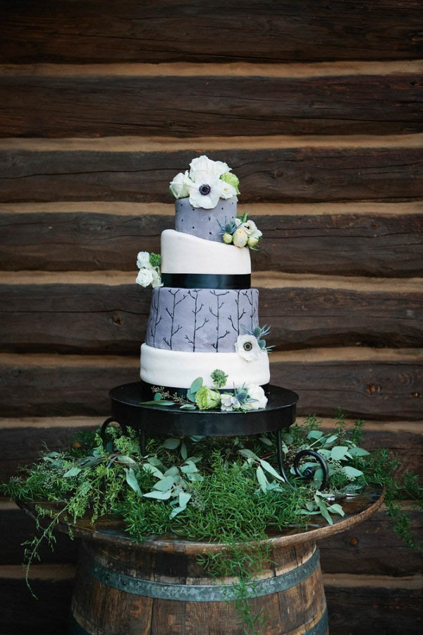 Quirky-Forest-Wedding-Bear-Paw-Lodge-Alison-Yin-Photography (22 of 28)