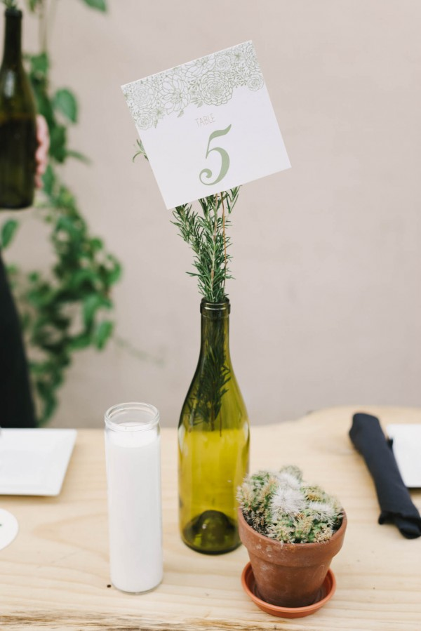 Understated-and-Natural-Elings-Park-Wedding (30 of 36)