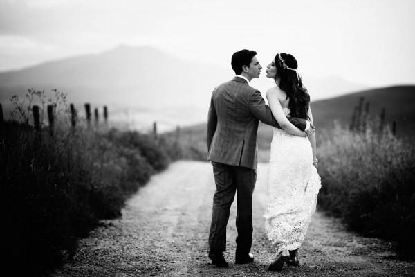Bohemian-Garden-Wedding-Monteverdi-Tuscany-Daniele-Vertelli (19 of 33)