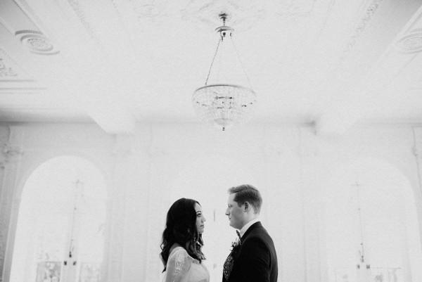 Downtown-London-Destination-Wedding-Inspiration-Linen-Silk-Weddings (11 of 25)