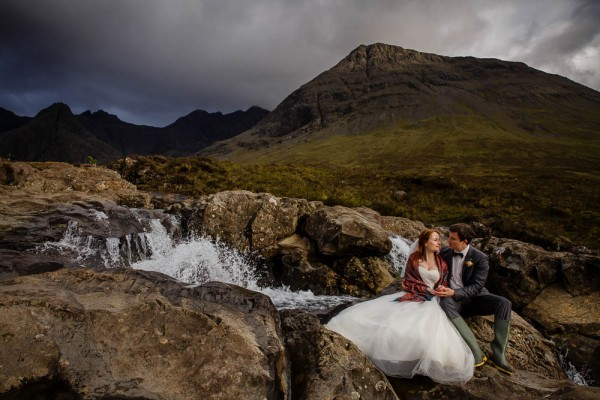 Epic-Post-Wedding-Shoot-at-the-Isle-of-Skye (17 of 18)