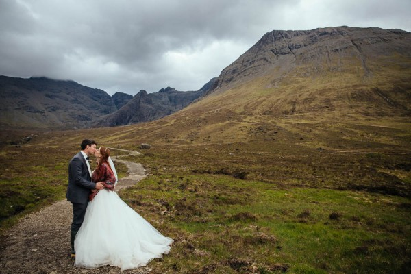 Epic-Post-Wedding-Shoot-at-the-Isle-of-Skye (9 of 18)