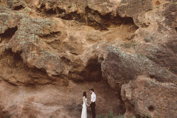 Gold-Accented-Wedding-in-Tonto-National-Forest (14 of 30)