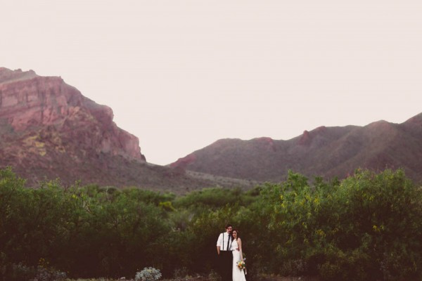 Gold-Accented-Wedding-in-Tonto-National-Forest (20 of 30)