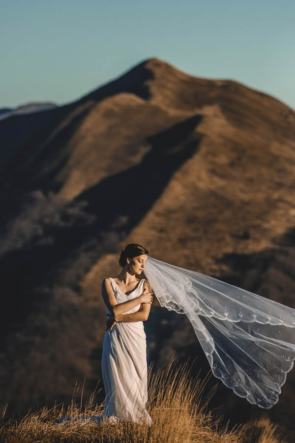 Golden-Post-Wedding-Shoot-in-the-Bieszczady-Mountains-Lmfoto (4 of 34)