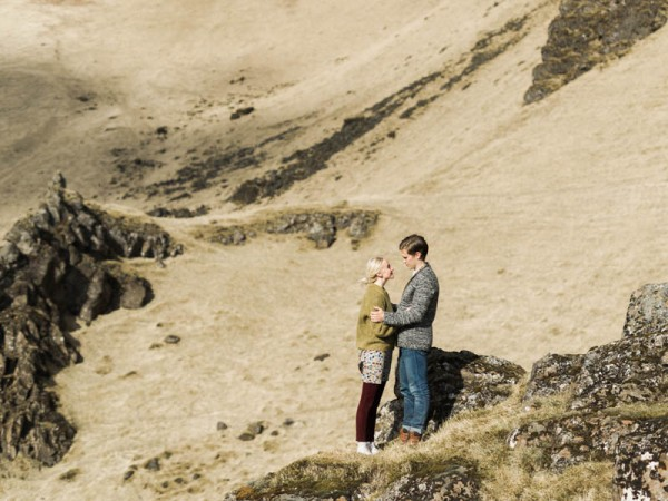 Intimate-Iceland-Engagement-Capyture (9 of 19)