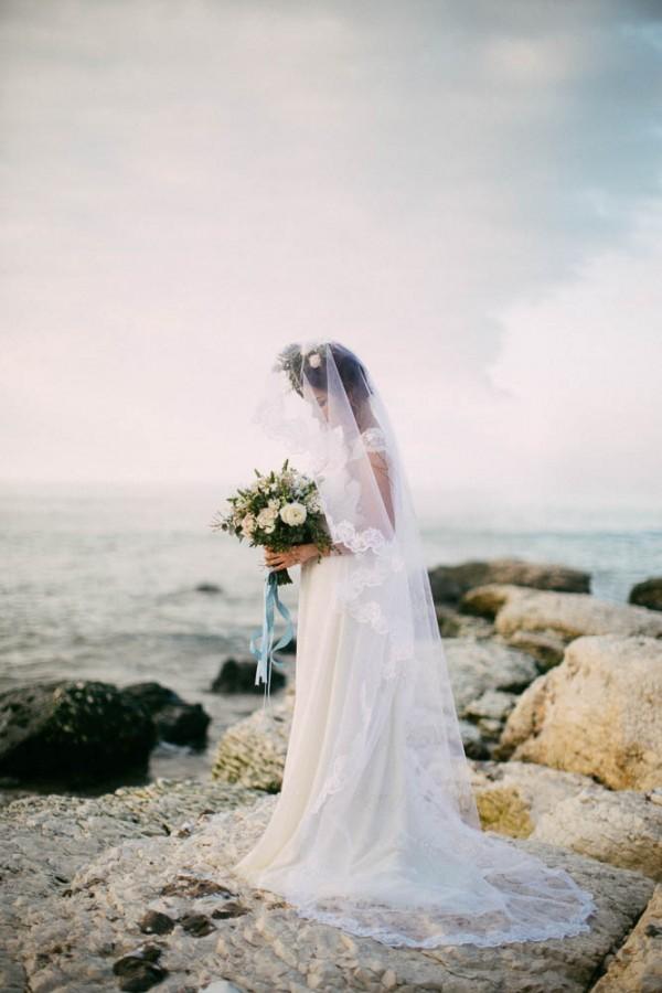Irish-Wedding-by-the-Sea-Inspiration-Paula-McManus (18 of 24)