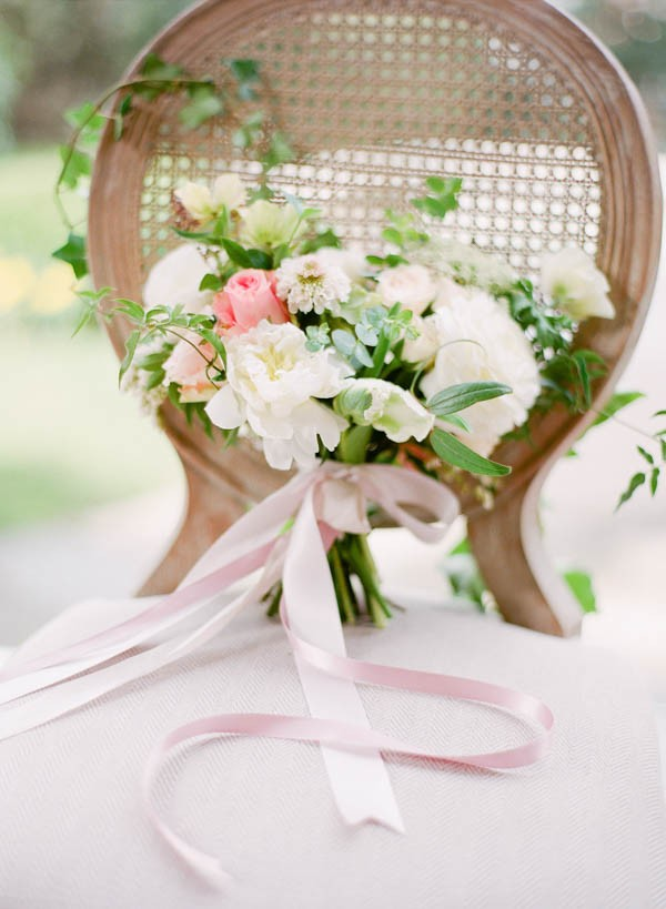 Ivy-Floral-Wedding-Inspiration-Hycroft-Manor-Laura-Sponaugle (2 of 22)