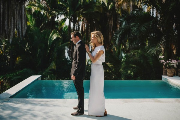Minimalist-Destination-Wedding-TeiTiare-Estate-Gabe-McClintock-Fer-Juaristi (3 of 30)