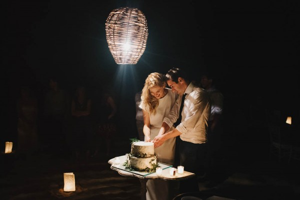 Minimalist-Destination-Wedding-TeiTiare-Estate-Gabe-McClintock-Fer-Juaristi (30 of 30)