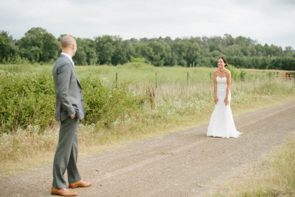 Peach-and-Mint-Wedding-at-Heifer-Ranch (10 of 41)