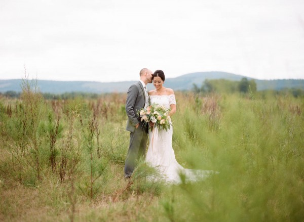 Peach-and-Mint-Wedding-at-Heifer-Ranch (14 of 41)
