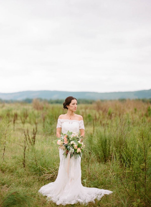 Peach-and-Mint-Wedding-at-Heifer-Ranch (15 of 41)