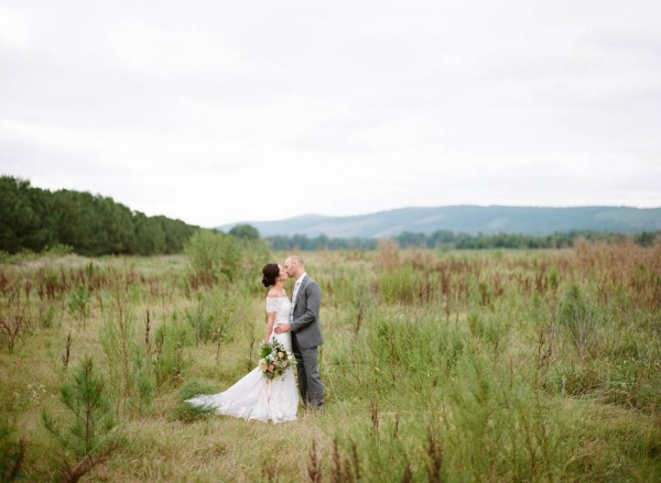 Peach-and-Mint-Wedding-at-Heifer-Ranch (17 of 41)