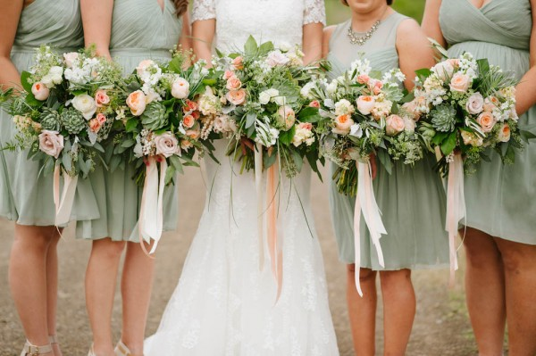 Peach-and-Mint-Wedding-at-Heifer-Ranch (19 of 41)