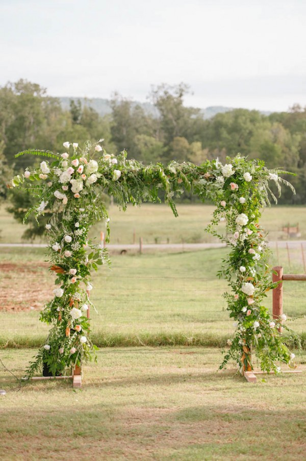 Peach-and-Mint-Wedding-at-Heifer-Ranch (22 of 41)