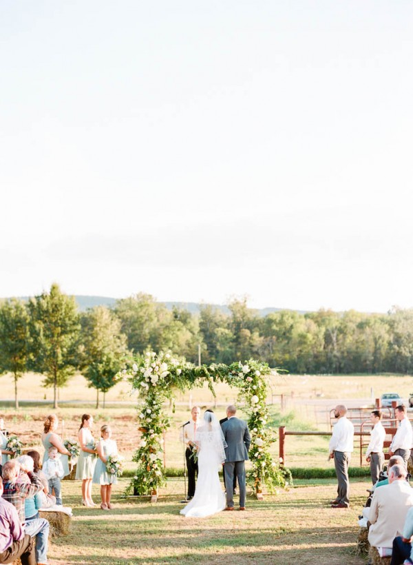 Peach-and-Mint-Wedding-at-Heifer-Ranch (24 of 41)