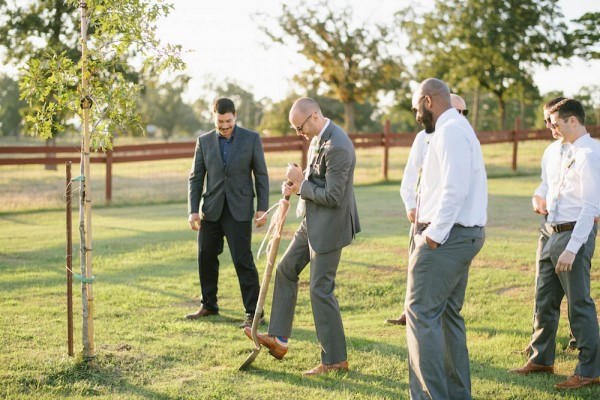 Peach-and-Mint-Wedding-at-Heifer-Ranch (27 of 41)