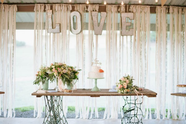 Peach-and-Mint-Wedding-at-Heifer-Ranch (36 of 41)