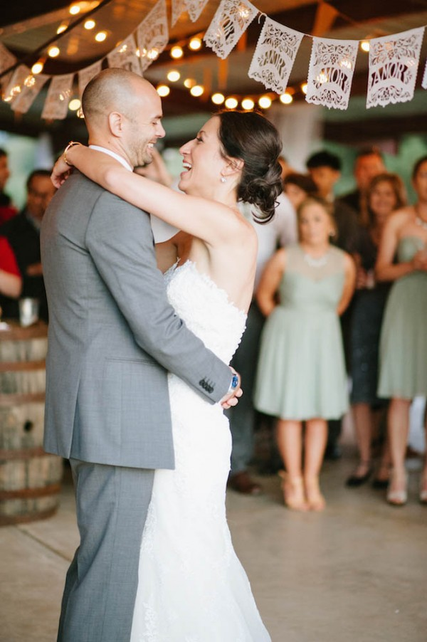 Peach-and-Mint-Wedding-at-Heifer-Ranch (4 of 41)
