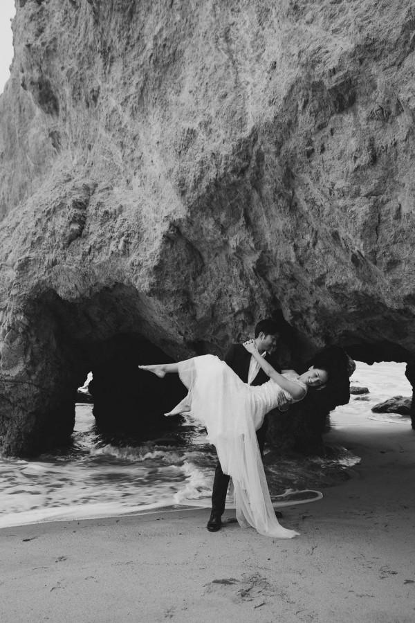 Post-Wedding-Shoot-on-the-Beach-at-Sunrise-Jeff-Plus-Amber (12 of 20)