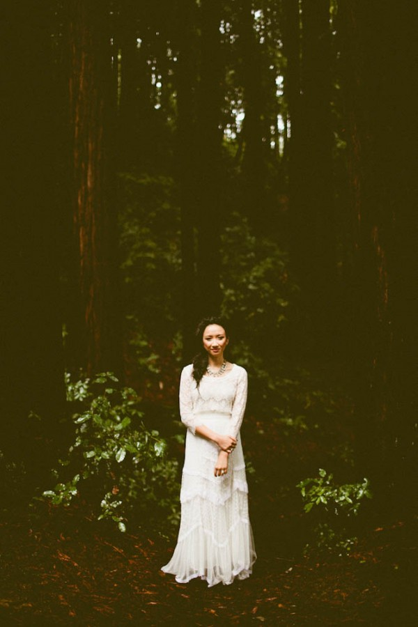 Rainy-Forest-Wedding-at-Stones-and-Flowers-Retreat-Andria-Lindquist (13 of 34)