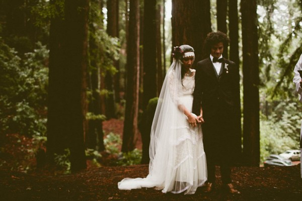 Rainy-Forest-Wedding-at-Stones-and-Flowers-Retreat-Andria-Lindquist (23 of 34)