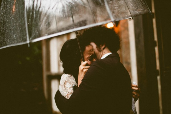 Rainy-Forest-Wedding-at-Stones-and-Flowers-Retreat-Andria-Lindquist (3 of 34)