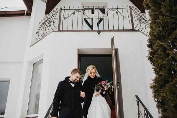 Romantic-Russian-Wedding-at-Marfino-Restaurant (10 of 29)