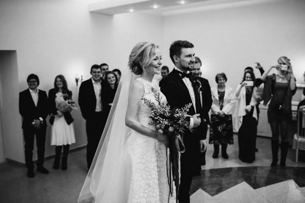 Romantic-Russian-Wedding-at-Marfino-Restaurant (11 of 29)
