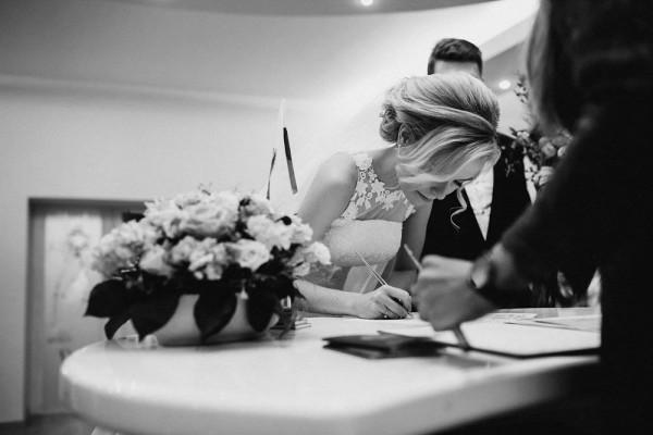 Romantic-Russian-Wedding-at-Marfino-Restaurant (12 of 29)