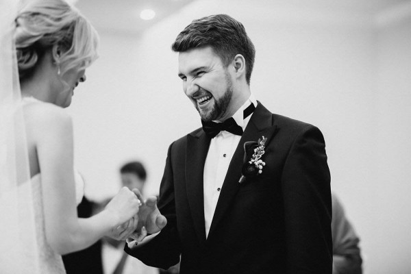 Romantic-Russian-Wedding-at-Marfino-Restaurant (13 of 29)