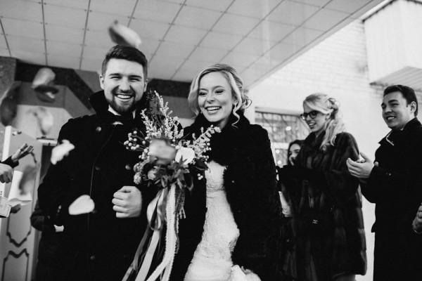Romantic-Russian-Wedding-at-Marfino-Restaurant (15 of 29)
