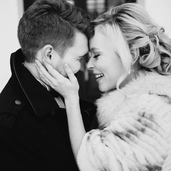 Romantic-Russian-Wedding-at-Marfino-Restaurant (21 of 29)