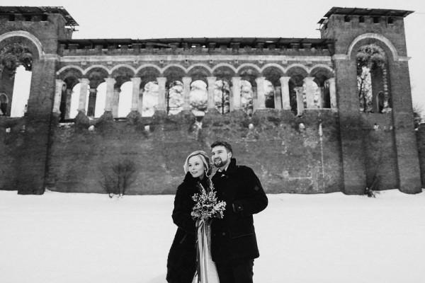 Romantic-Russian-Wedding-at-Marfino-Restaurant (22 of 29)