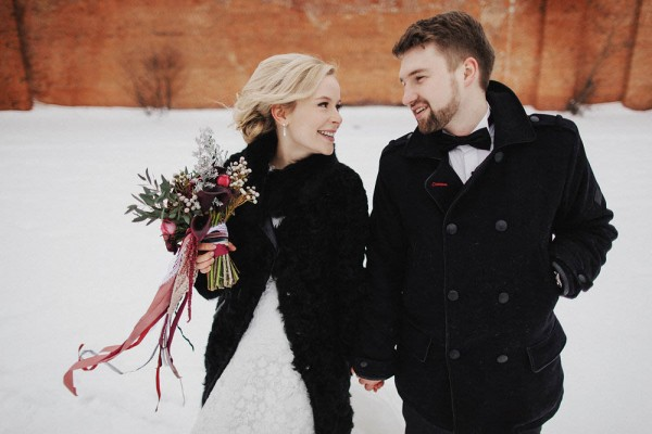 Romantic-Russian-Wedding-at-Marfino-Restaurant (23 of 29)