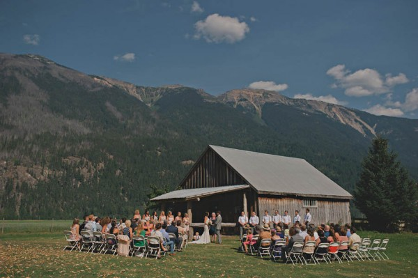 Rustic-Canadian-Wedding-Van-Loon-Farms-Jennifer-Armstrong-Photography (6 of 24)