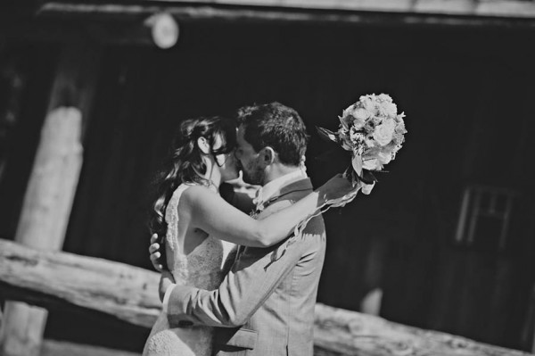 Rustic-Canadian-Wedding-Van-Loon-Farms-Jennifer-Armstrong-Photography (8 of 24)