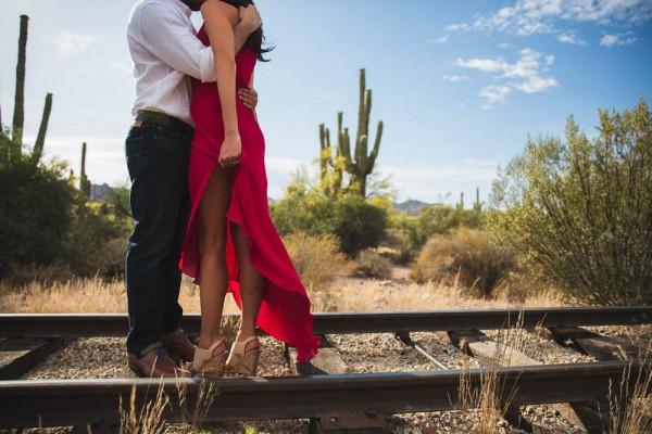 Steamy Desert Engagement In Phoenix Junebug Weddings