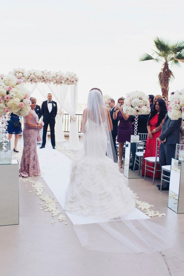 White and Ivory Wedding at The Westin Lake Las Vegas   Junebug Weddings