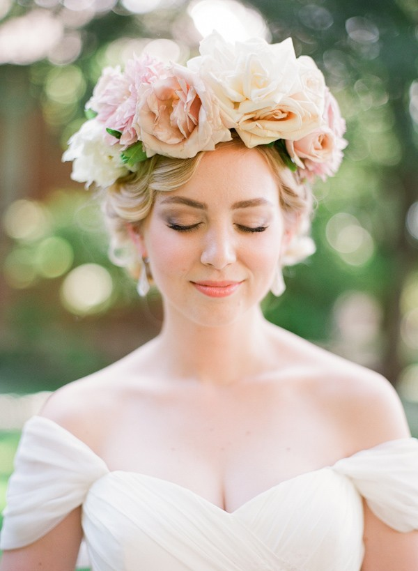 floral-crown-bridal-style-with-photos-from-Taylor-Lord-Photography-10
