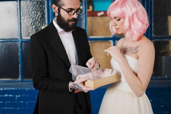 Alternative-Wedding-in-Paris-Inspiration-He-Capture (12 of 22)