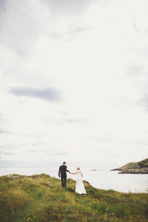 Bohemian-Nordic-Wedding-on-the-Island-of-Bjørnsund (3 of 37)