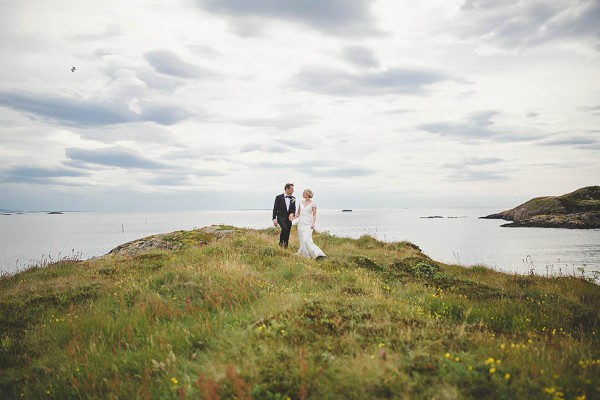 Bohemian-Nordic-Wedding-on-the-Island-of-Bjørnsund (4 of 37)